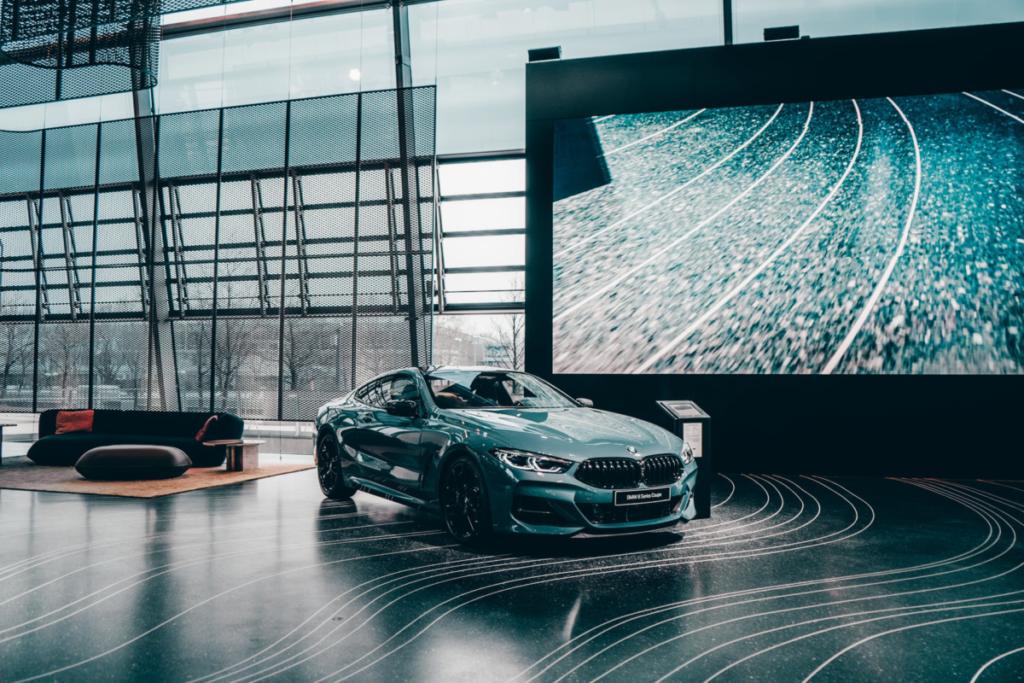BMW-540i